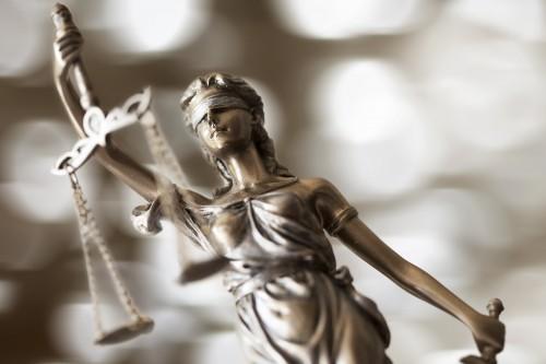 AdobeStock-court-justice-decision-jury-plaintiff-judge-defendant
