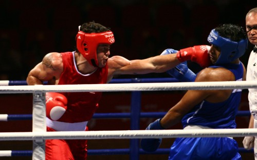 Brad_Pitt_boxing
