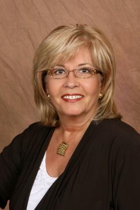 Dawn Lehtinen VP Healthcare at Array Services Group