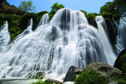Shaki_Waterfall2