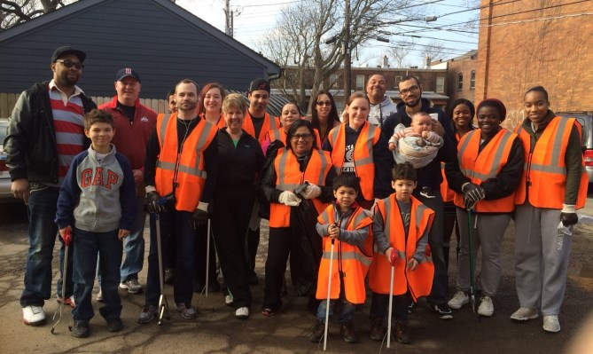 The TekCollect team at the Keep Columbus Beautiful event.