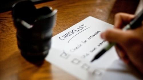 checklist-desk