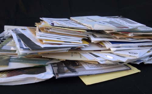 envelopes mail pile