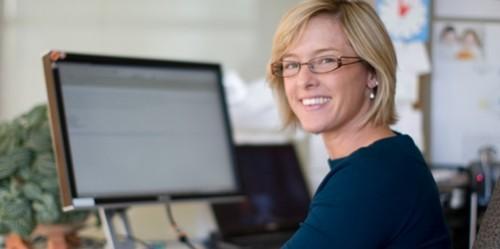 webinar-smiling-computer